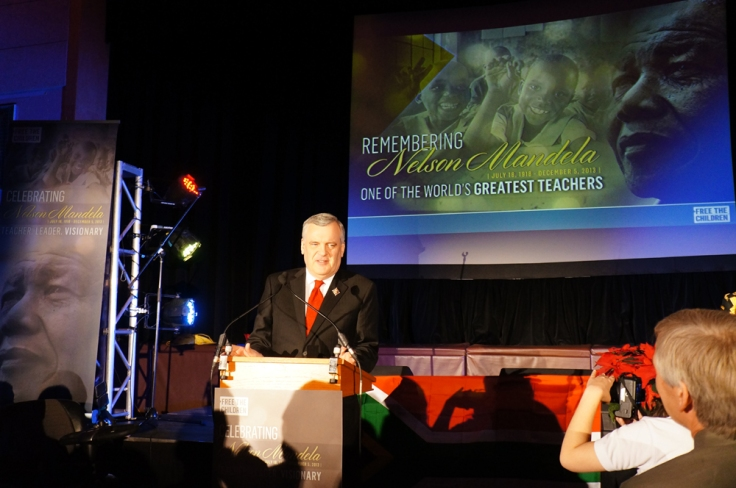 All rise for Lieutenant Governor of Ontario, David Onley.